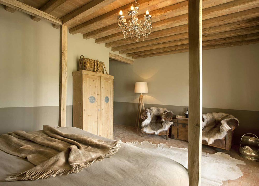 Amberlair Crowdsourced Crowdfunded Boutique Hotel Conti Di San Bonifacio - Smart travelers aren't afraid of Tuscany in the winter: It's hunting time