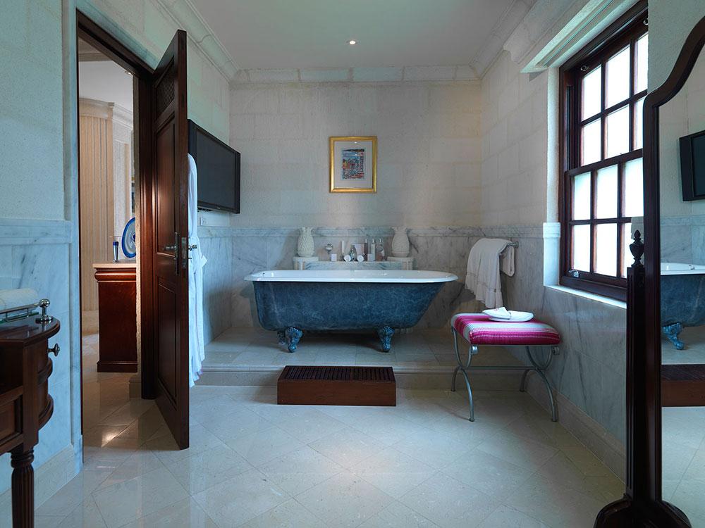 Amberlair Crowdsourced Crowdfunded Boutique Hotel - Meet luxury aficionado Rosie Leach at Sandy Lane in Barbados. #boholover