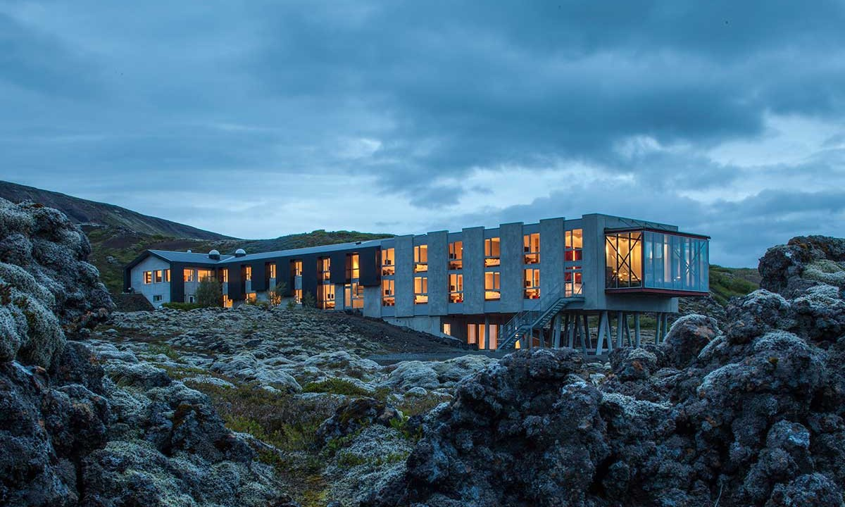 6 stunning design hotels that make you addicted to iceland for Top unique hotels